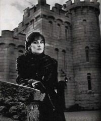Enya: press photo taken at Manderley Castle